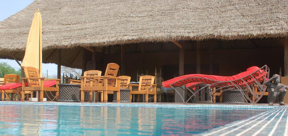 Découvrez notre suite royale et sa piscine