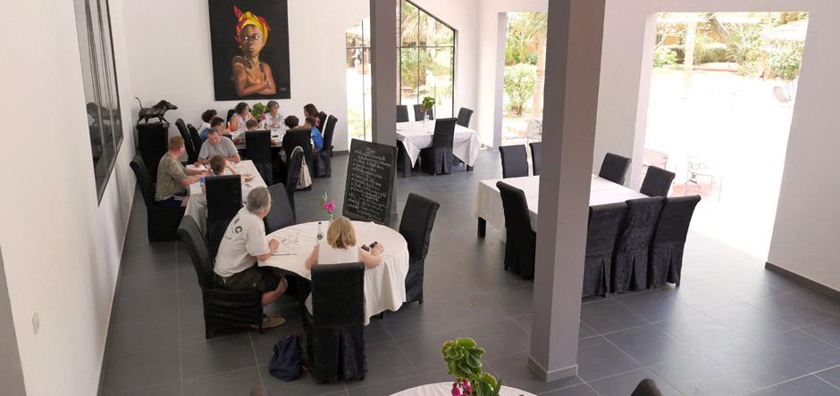 La salle de restaurant du Ranch de Bango